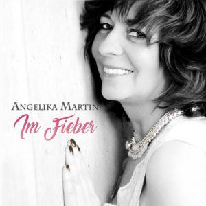im Fieber - Angelika Martin